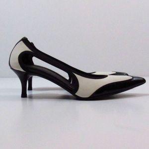 Donald J. Pliner Bl/Wh Kitten Heels 7.5M